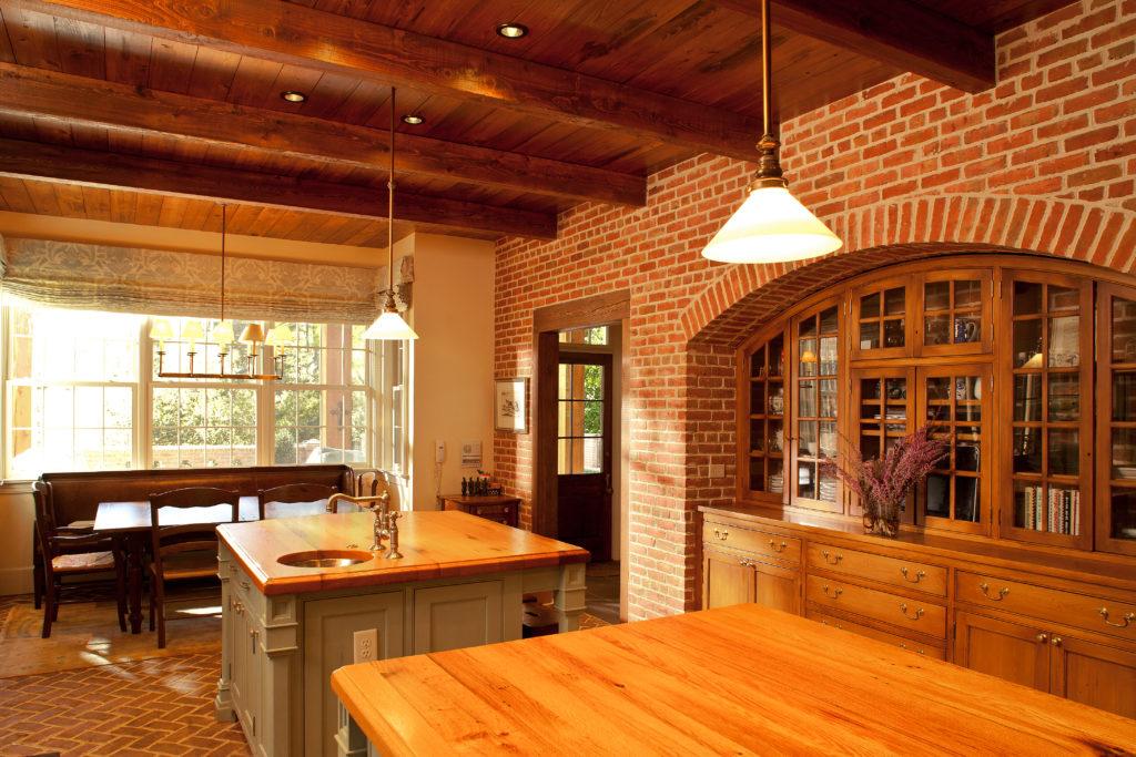 Kitchen by Jones Pierce Architects. Residential Architecture
