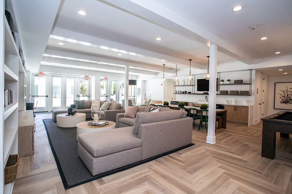 The Ashford: Leasing Center, Clubhouse